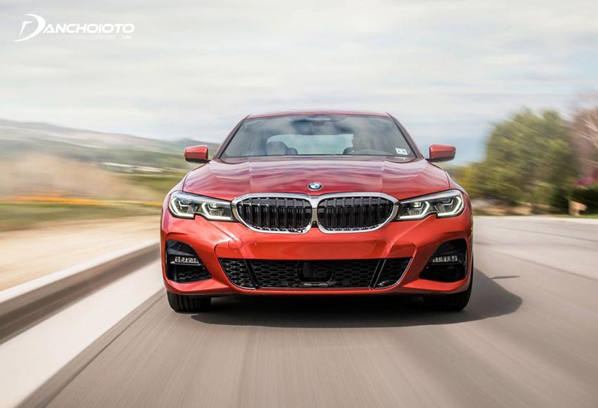 BMW 330i M Sport 2020 cho phản ứng linh hoạt, trải nghiệm lái thể thao, tăng tốc mạnh mẽ