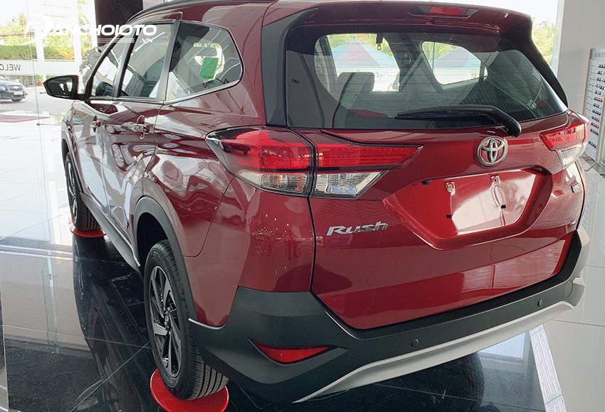 Cụm đèn hậu Toyota Rush 2020 trang bị công nghệ Full-LED – dẫn đầu phân khúc