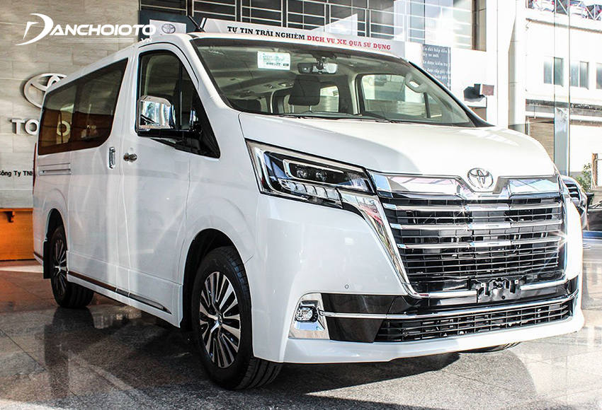 Giá xe Toyota Granvia 3.072 triệu đồng