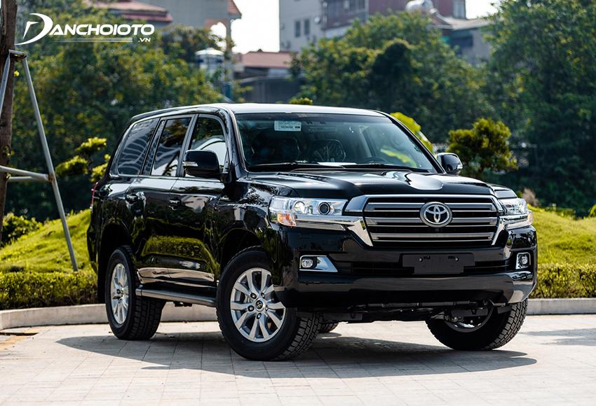 Giá xe Toyota Land Cruiser 4.030 triệu đồng