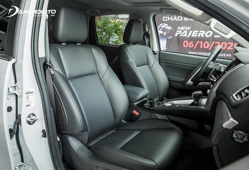 Hàng ghế trước Mitsubishi Pajero Sport bản Diesel 4x4 có chỉnh điện 8 hướng