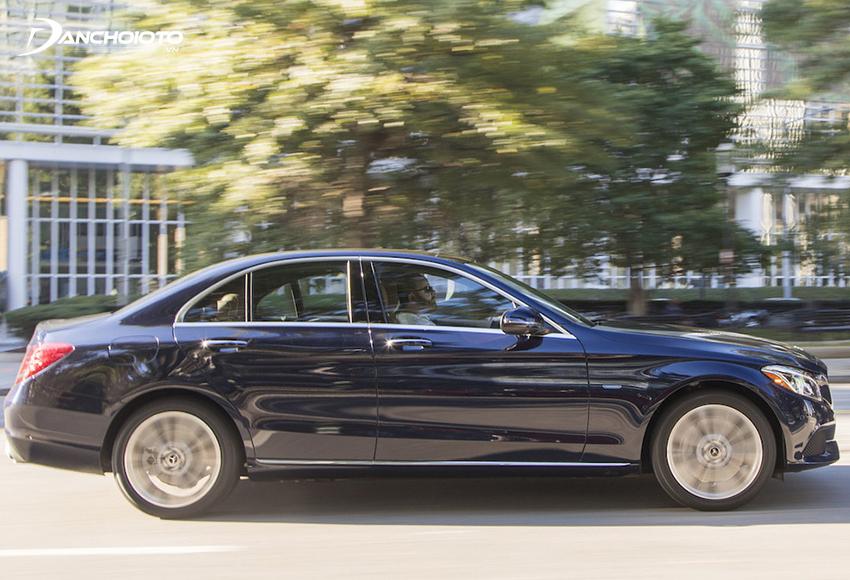 Mercedes C200 cũ sẽ mang đến những trải nghiệm khác biệt mang tầm đẳng cấp xe sang