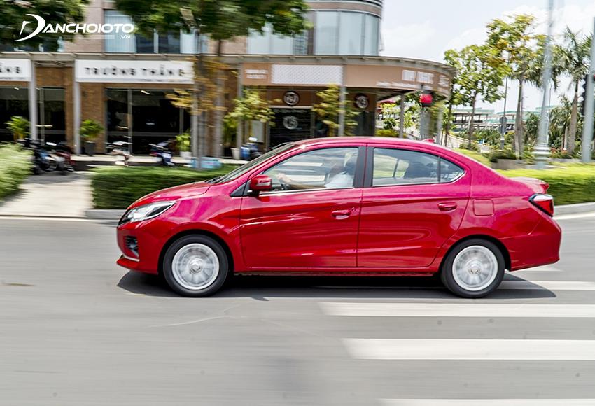 Mitsubishi Attrage được trang bị vô lăng trợ lực điện, dễ lái, xoay trở dễ dàng trong phố
