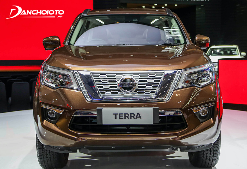 Nissan Terra 2020 sở hữu thiết kế cứng cáp, nam tính