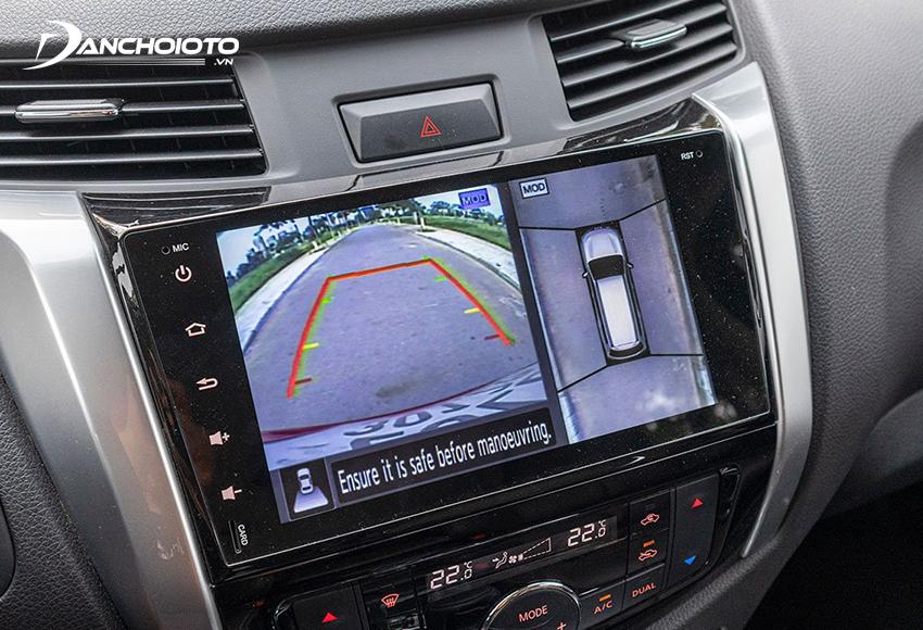 Nissan Terra bản V được trang bị camera 360 độ