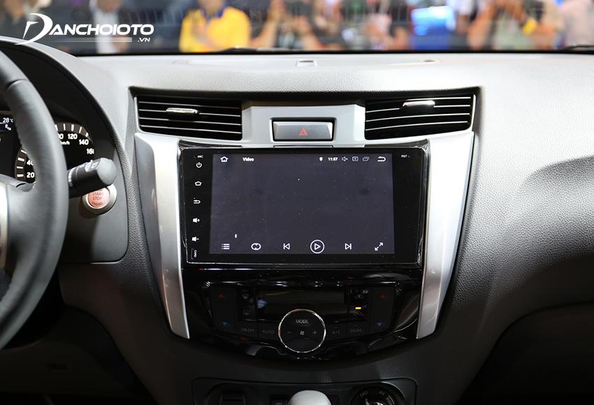 Nissan Terra trang bị màn hình cảm ứng Android 9 inch cho bản E và V