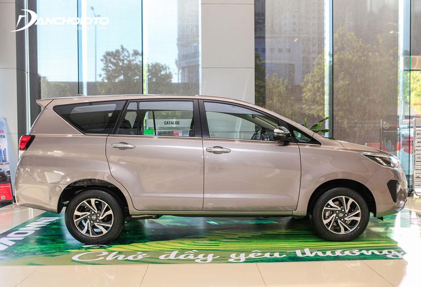 """Thân xe Toyota Innova 2020 gần như kế thừa trọn vẹn từ """"người tiền nhiệm"""""""