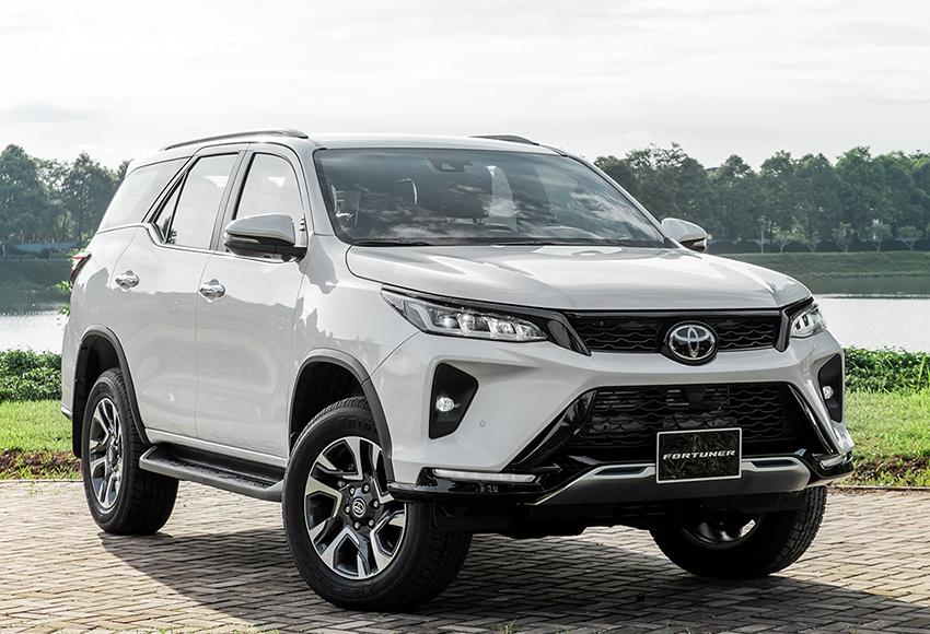 """Toyota Fortuner được xem là mẫu xe """"lão làng"""" trong phân khúc"""