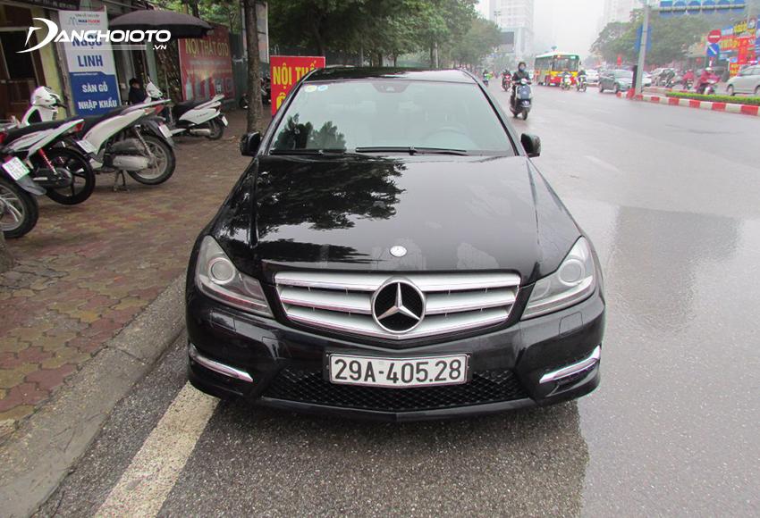 Xe Mercedes C300 2011 cũ
