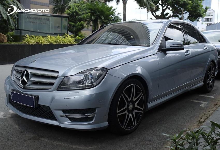 Xe Mercedes C300 2013 cũ