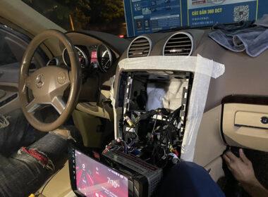 Việc lắp đặt màn hình không làm ảnh hưởng tới kết cấu của xe