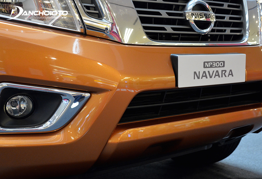 Cản dưới Nissan Navara 2020 cho cảm giác cứng cáp