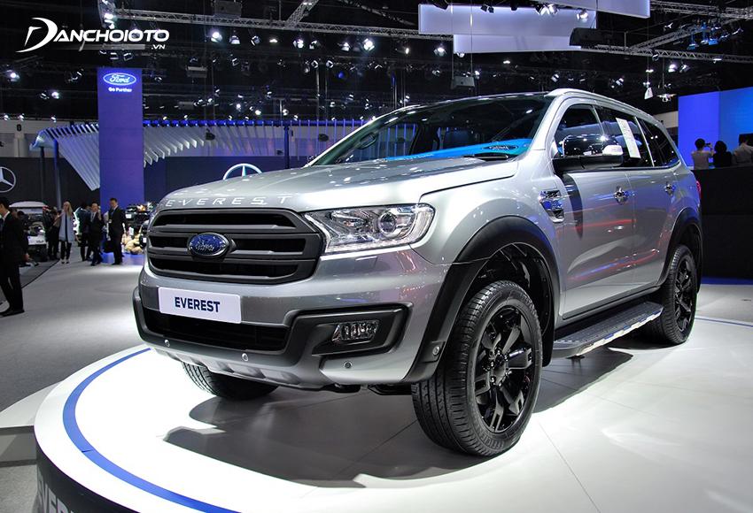 Ford Everest là một mẫu SUV 7 chỗ máy dầu cỡ trung hạng D