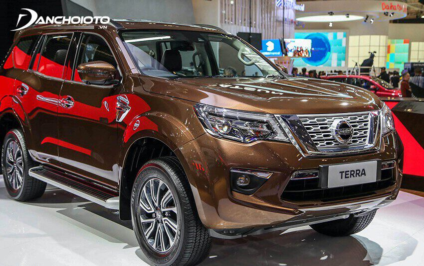Giá Nissan Terra từ 848 - 998 triệu đồng