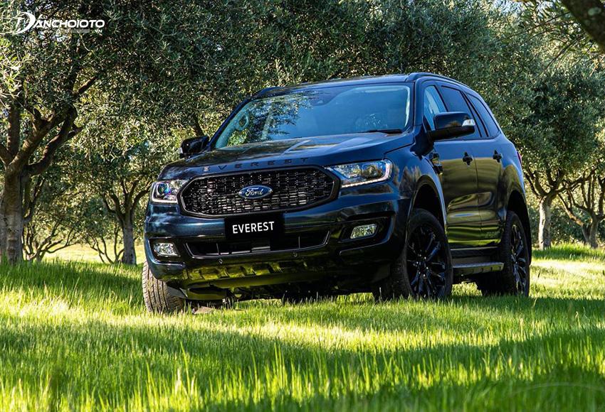 Giá xe 7 chỗ Ford Everest từ 999 triệu – 1,399 tỷ đồng