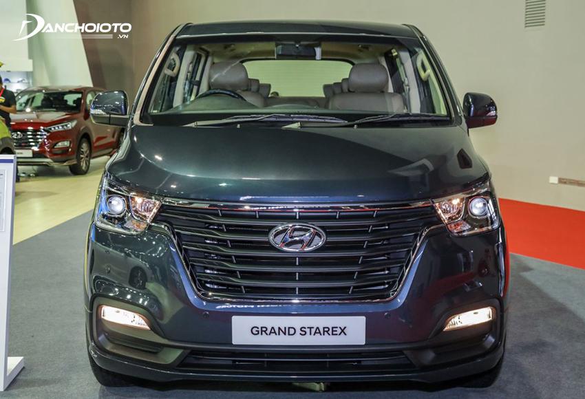 Giá xe 7 chỗ Hyundai Starex từ 780 triệu - 1,555 tỷ đồng