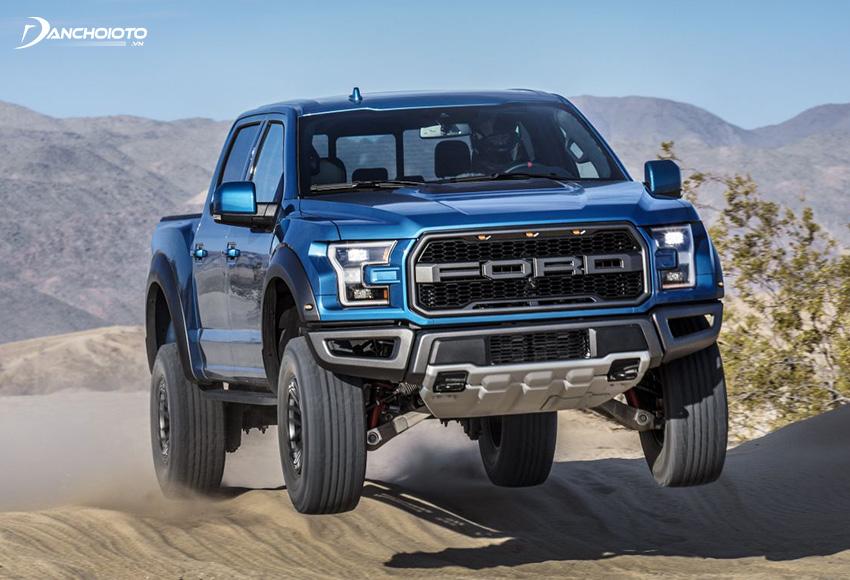 Giá xe bán tải Ford Ranger Raptor từ 1,198 tỷ đồng