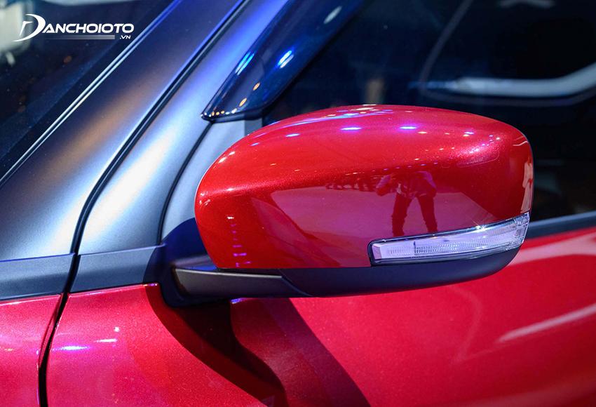 Gương chiếu hậu Suzuki Swift GLX 2021 được tích hợp đầy đủ các tính năng cần thiết