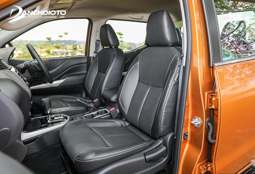Hàng ghế trước Navara nổi bật với thiết kế Zero Gravity cho khả năng nâng đỡ tốt