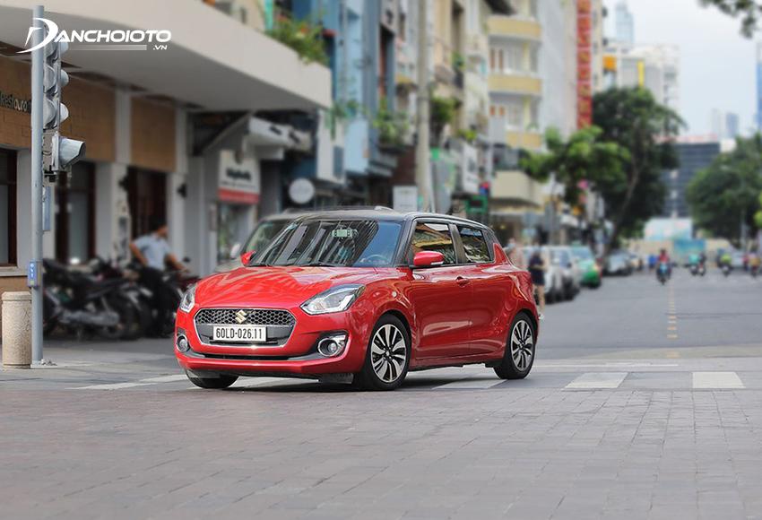 Khung gầm Suzuki Swift khá vững chắc, giúp xe đạt được độ ổn định khá tốt