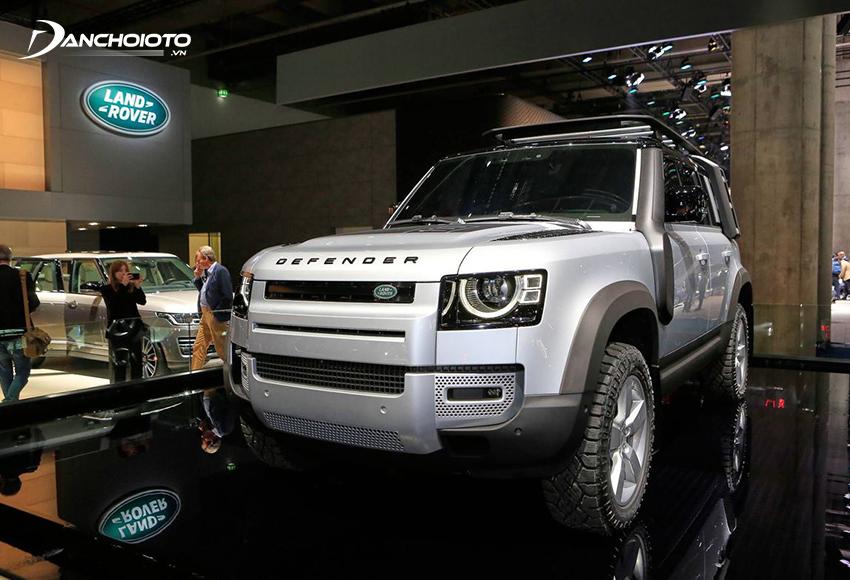Land Rover Defender là một mẫu SUV hạng trung 7 chỗ mới của Land Rover
