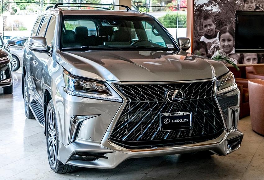 Lexus LX là mẫu xe SUV siêu sang