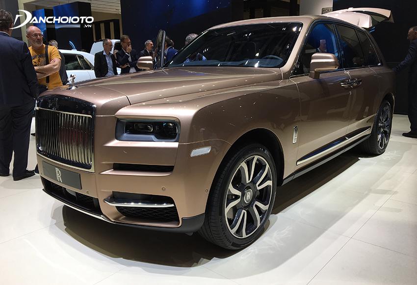 Rolls-Royce Cullinan là một mẫu ô tô SUV siêu sang