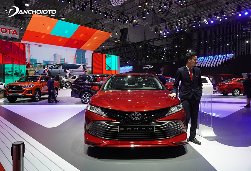Toyota Nhật Bản là nhà sản xuất ô tô lớn nhất thế giới với thị phần chiếm hơn 10% thị trường toàn cầu