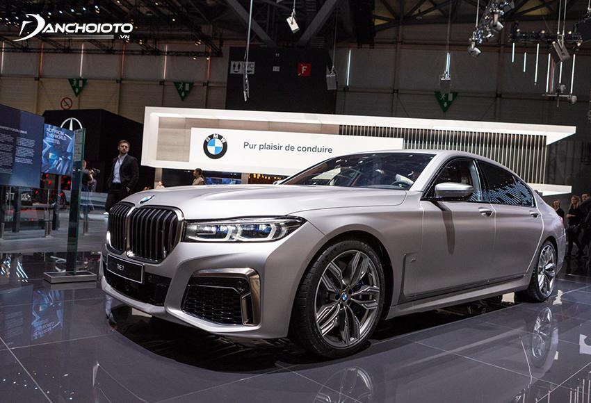 BMW 7 Series là xe sedan hạng sang cỡ lớn cao cấp nhất của hãng BMW
