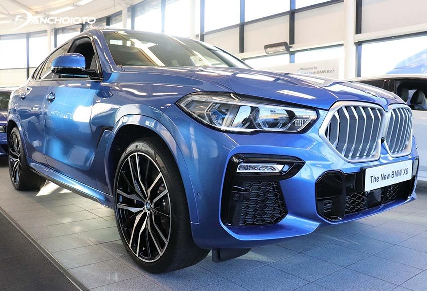 BMW X6 là mẫu xe crossover-coupe thuộc phân khúc 5 chỗ gầm cao cỡ trung