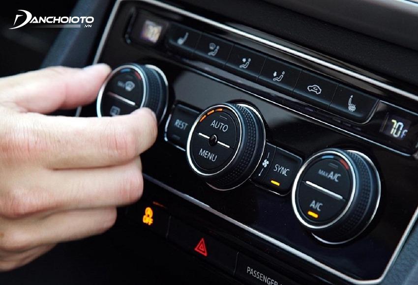 Cần kiểm tra kỹ hệ thống điều hoà ô tô bởi bộ phận này sử dụng rất nhiều dễ bị trục trặc