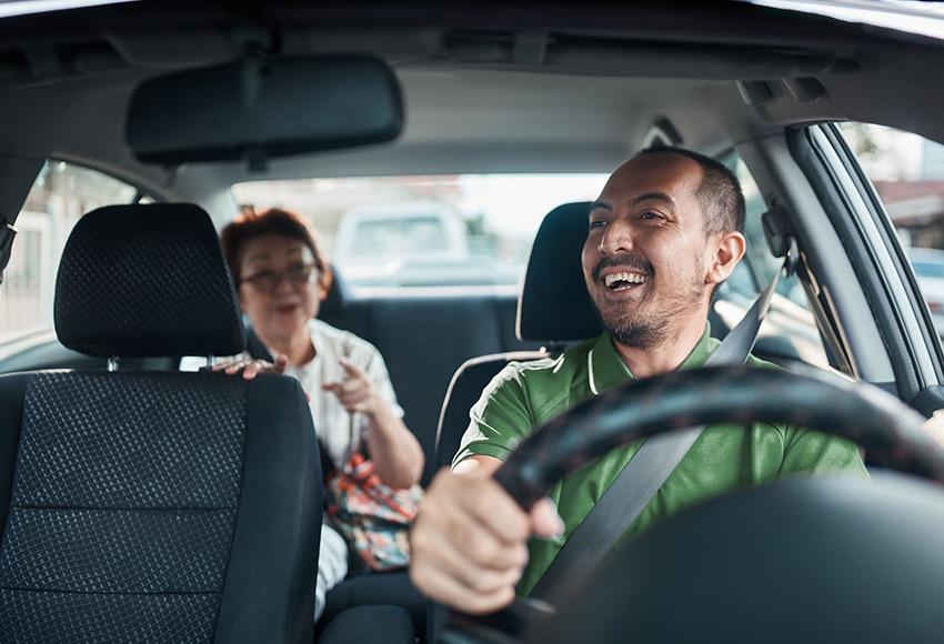 Chạy Grab Car nên mua xe gì?