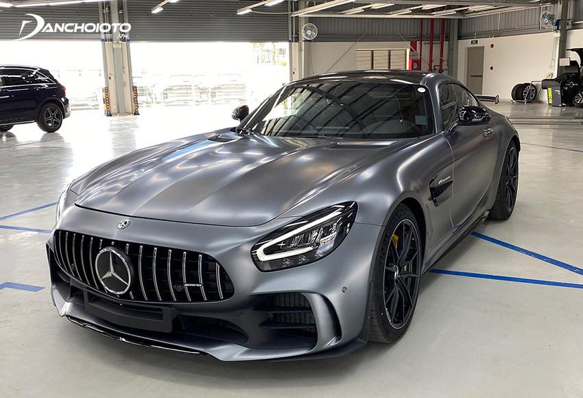 Giá siêu xe Mercedes-AMG GT R từ 11,59 tỷ đồng