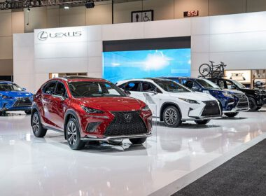 ô tô Lexus