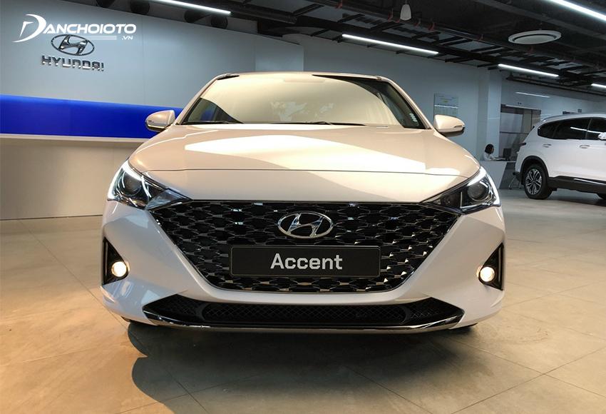 Hyundai Accent là một mẫu xe sedan hạng B có giá bán hấp dẫn, thiết kế bắt mắt
