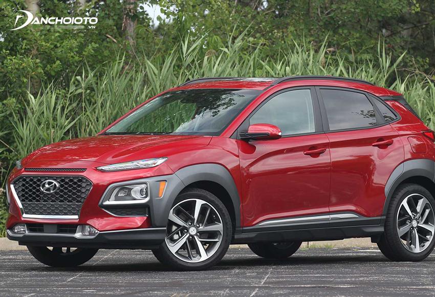 """Hyundai Kona được đánh giá là một """"ứng cử viên"""" sáng giá trong phân khúc xe 5 chỗ gầm cao giá rẻ"""