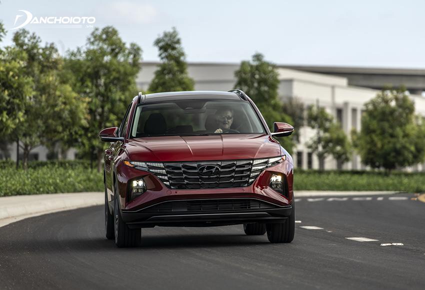 Hyundai Tucson là một trong những xe ô tô gầm cao tầm trung có giá rẻ nhất phân khúc