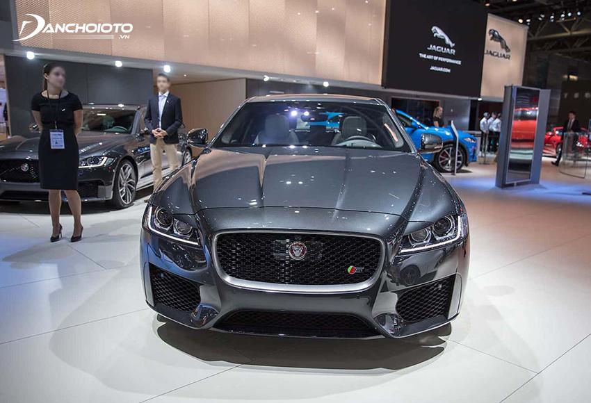 Jaguar XF là một mẫu xe sedan hạng sang tầm trung đậm chất thể thao