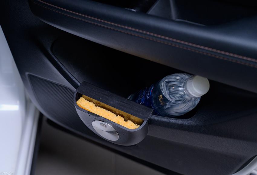 Cách khử mùi xe mới