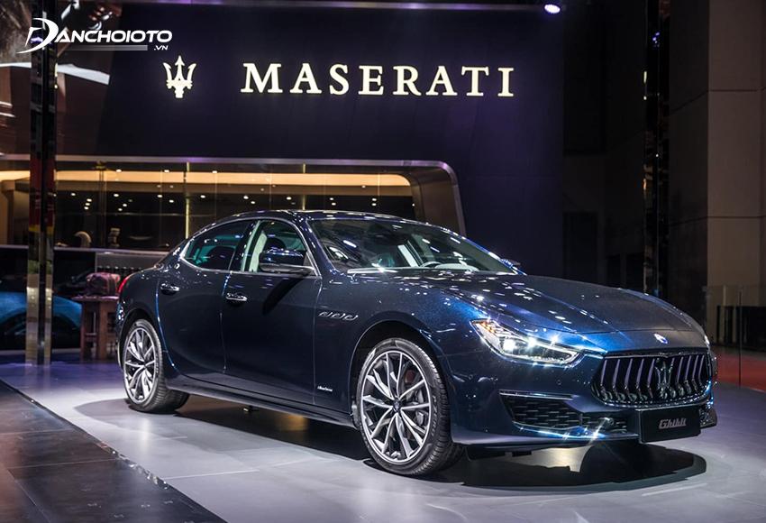 Maserati Quattroporte là một mẫu sedan thể thao hạng sang cỡ lớn của hãng Maserati