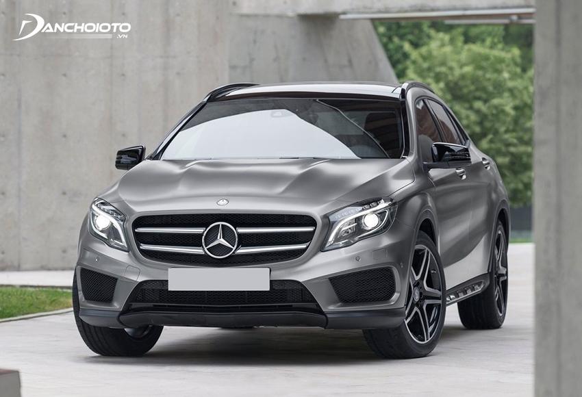 Mercedes-Benz GLA là một trong những xe 5 chỗ gầm cao hạng sang cỡ nhỏ có giá rẻ nhất