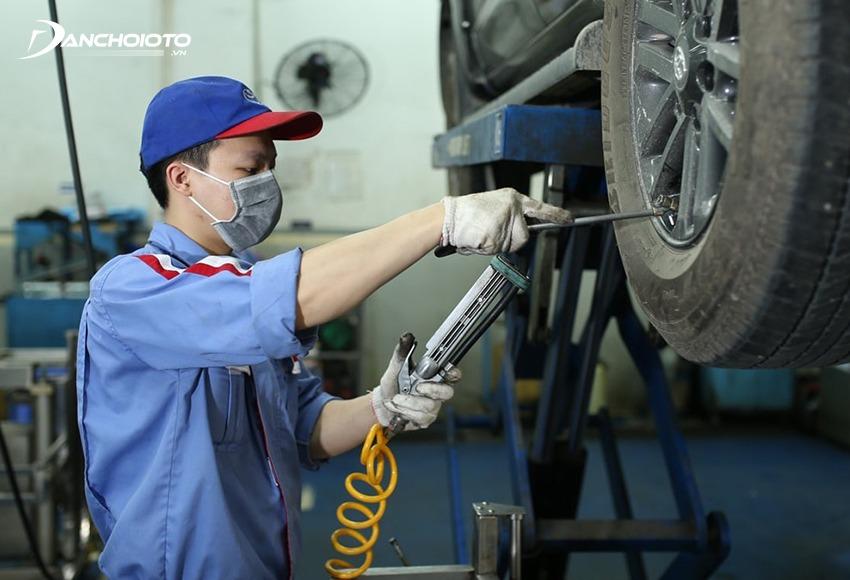 Mua xe ô tô cũ chính hãng sẽ được bảo hành chính hãng lên đến 1 năm
