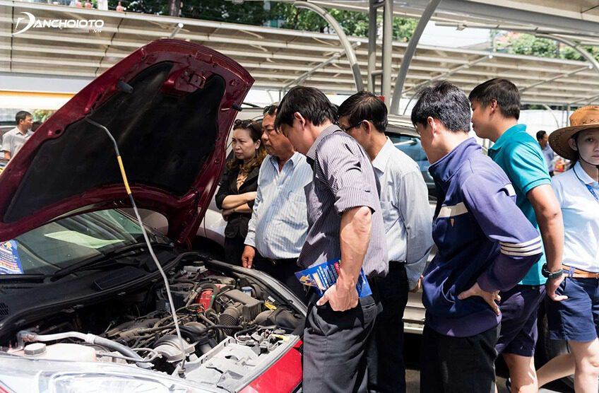 Buying a used car is very difficult to check and accurately assess the car's condition