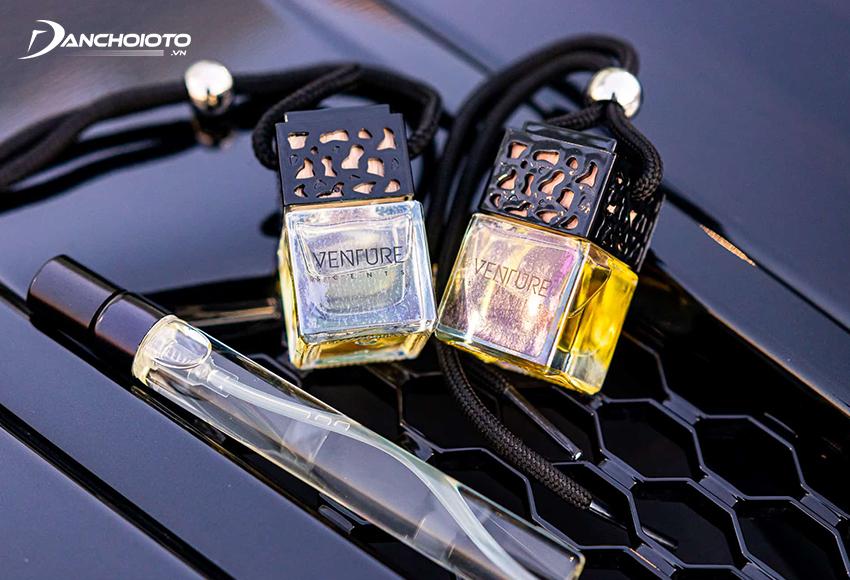 Nước hoa ô tô là một cách làm thơm xe ô tô hơn là khử mùi xe
