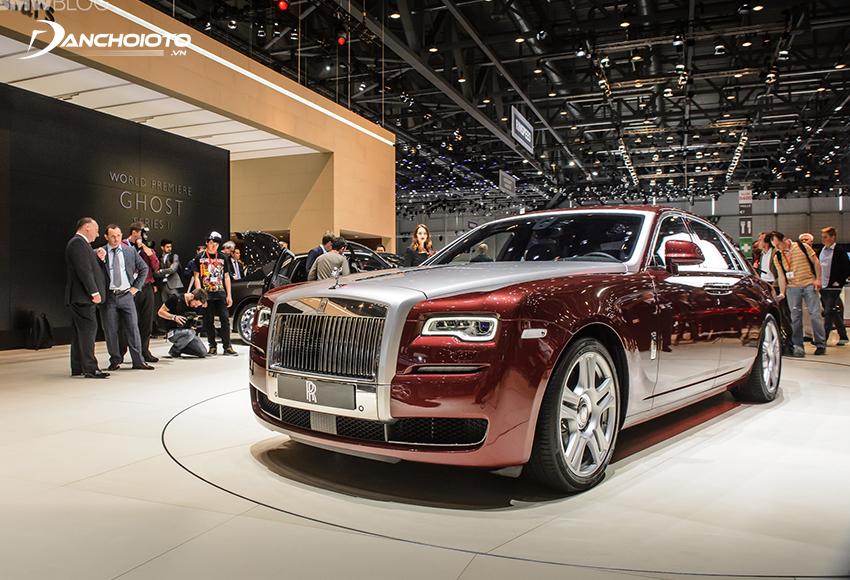 Rolls-Royce Ghost là một mẫu xe sedan siêu sang của hãng Rolls-Royce