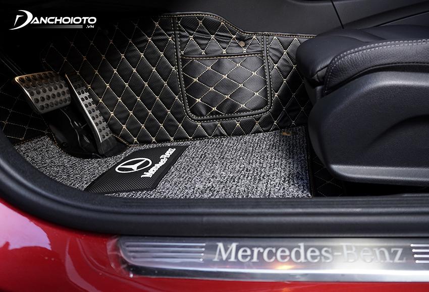 Thảm lót sàn ô tô 6D có tính năng chống nước, chống ẩm, dễ dàng vệ sinh