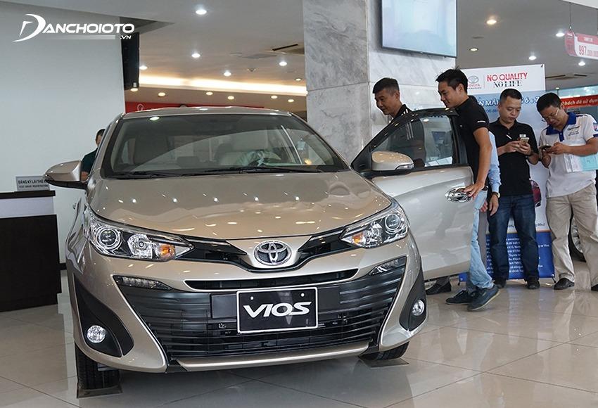 Theo kinh nghiệm mua xe ô tô chạy Grab nên ưu tiên chọn những xe có tiếng bền bỉ cao