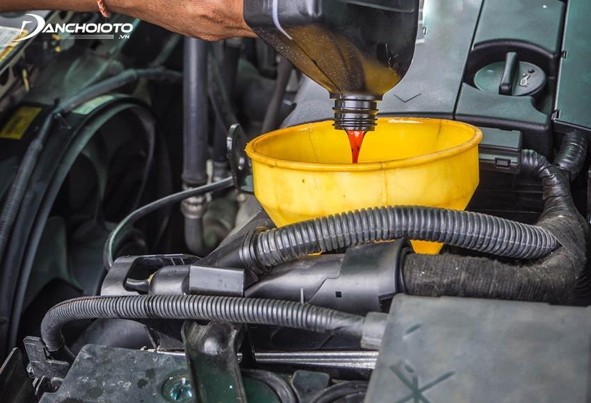 Thời gian thay dầu hộp số tự động ô tô từ 50.000 – 100.000 km