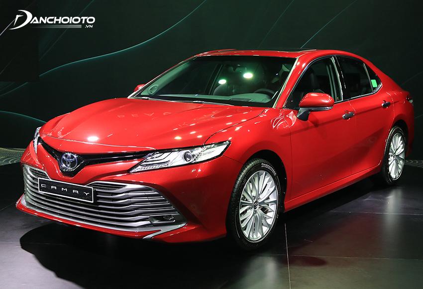 Toyota Camry được đánh giá là một trong những xe sedan hạng D đáng mua nhất