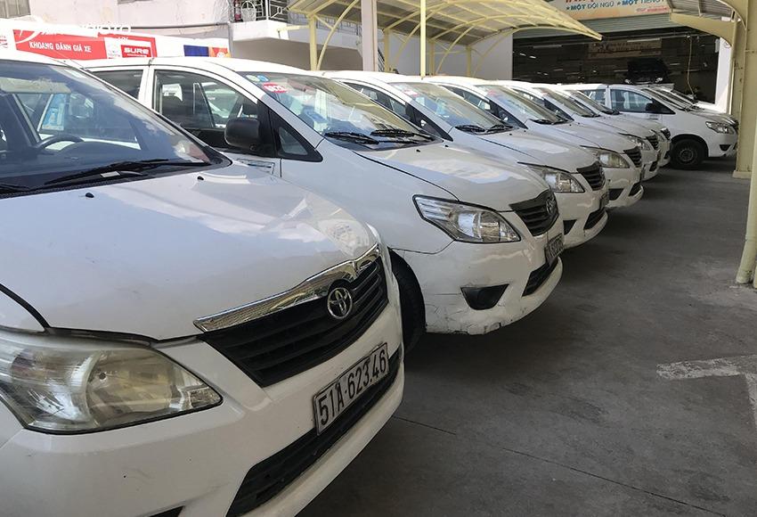 Xe ô tô cũ chạy dịch vụ, taxi là một trong những dòng xe cũ không nên mua